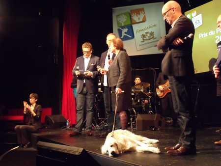 maudy sur scène pour le prix kronenbourg