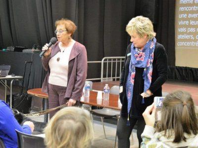 Maudy au micro avec Blandine Métayer