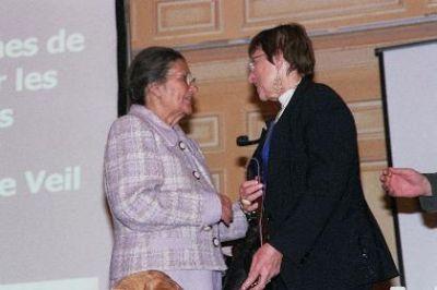 Maudy et Simone Veil lors du forum