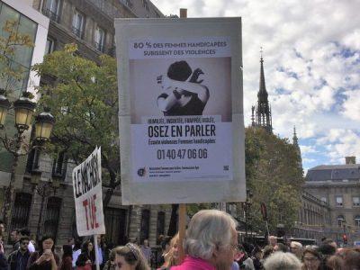 affiche contre les violences de FDFA dans la manif